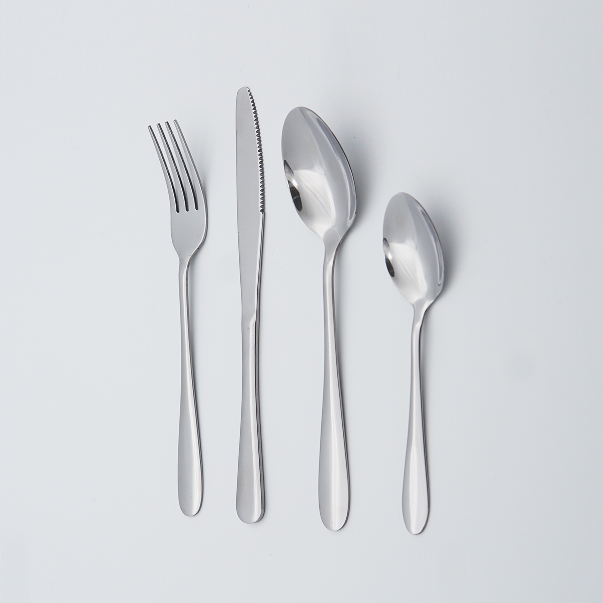 Wholesale Food Grade Silverware Spoons Forks and Knives for Events 18/8 Stainless Steel Flatware Set
