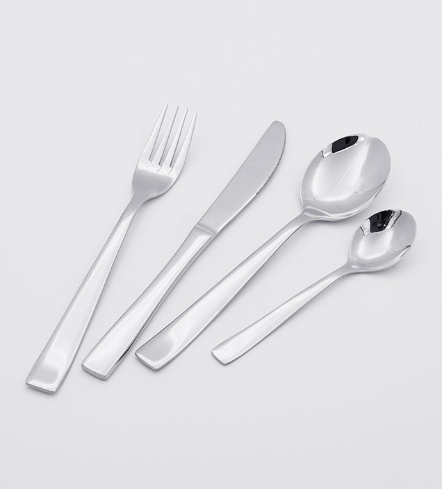 QZQ High End Low MOQ Cheap Flatware Silverware Wholesale Stainless Steel Cutlery Set for Restaurant Hotel